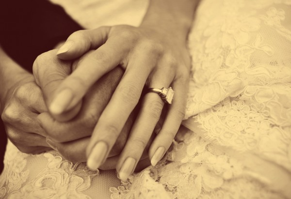 Wedding_ring_Adele_edited-1-600x411.jpg