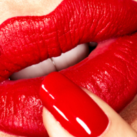 Adele-Uddo-Red-Lips