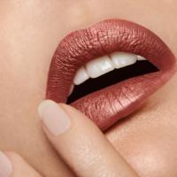 Adele-Uddo-burgandy-lips